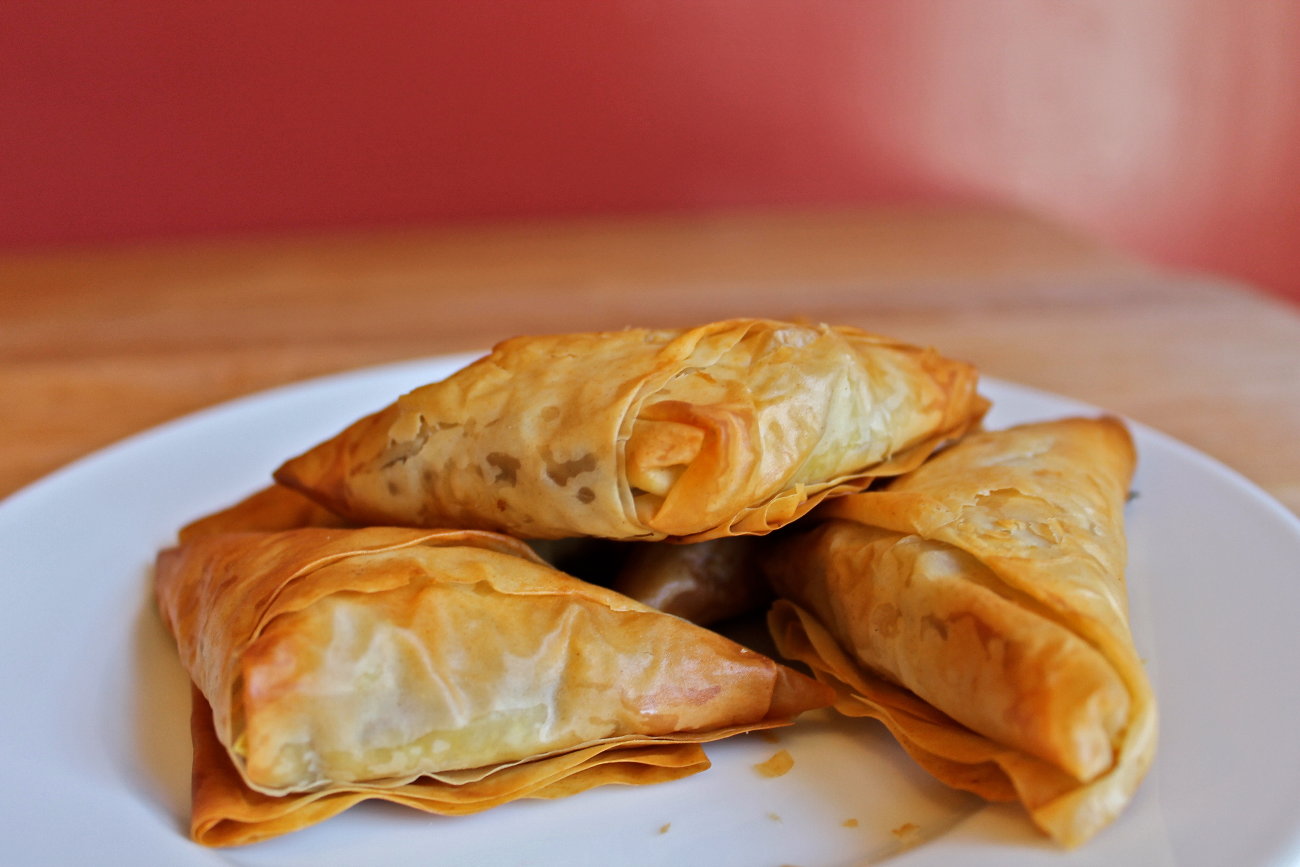 Sweet potato and cauliflower samosas in phyllo savory for Phyllo dough recipes appetizers indian
